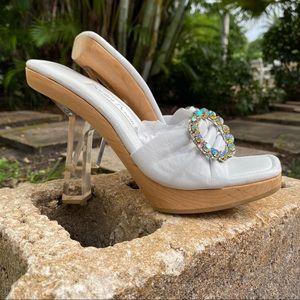 Santini Mavardi White Leather Brooch Lucite Heels